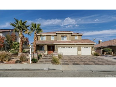 Palmdale Single Family Home For Sale: 1861 Hideaway Place