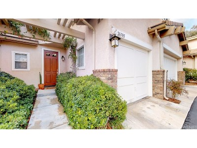Valencia Condo/Townhouse Active Under Contract: 26505 Sedona Drive