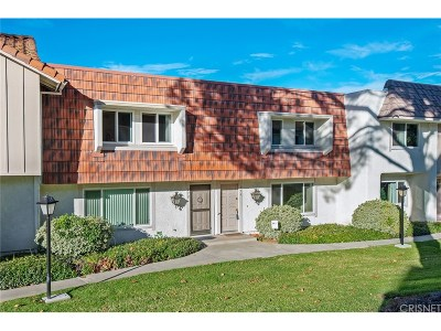 Thousand Oaks Condo/Townhouse For Sale: 276 Green Moor Place