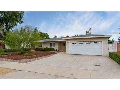 Granada Hills Single Family Home For Sale: 15901 Kingsbury Street