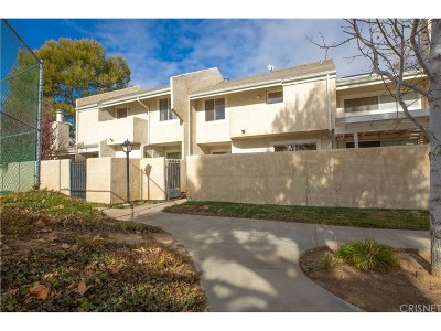 Los Angeles County Condo/Townhouse For Sale: 1832 East Avenue J2 #3