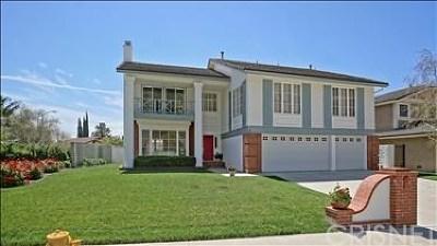 Porter Ranch Single Family Home For Sale: 19000 Brasilia Drive