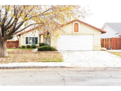 Lancaster Single Family Home For Sale: 43946 Maria Circle