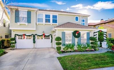 Valencia Single Family Home For Sale: 23916 Lakeside Road