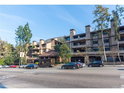 Condo/Townhouse For Sale: 3480 Barham Boulevard #209