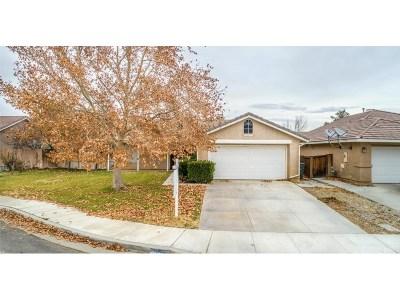Rosamond Single Family Home For Sale: 3743 Cedarwood Court