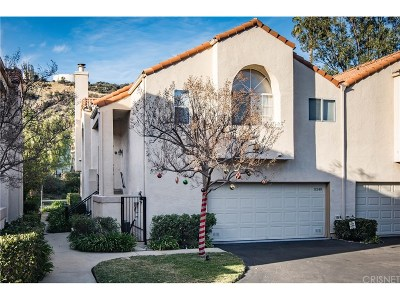 Chatsworth Condo/Townhouse For Sale: 11240 Sierra Pass Place