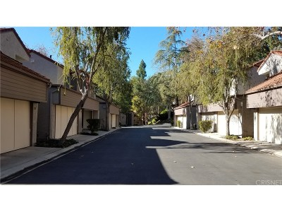 Westlake Village Condo/Townhouse For Sale: 124 Via Colinas