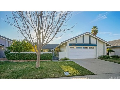 Valencia Single Family Home For Sale: 25715 Rancho Adobe Road