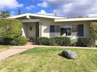 Chatsworth Single Family Home For Sale: 10658 Overman Avenue