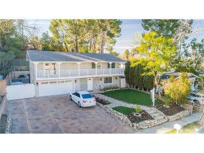 Newhall Single Family Home For Sale: 26449 Whispering Leaves Drive