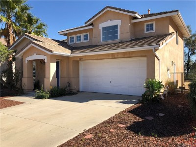 Sylmar Single Family Home Active Under Contract: 15010 Briarhill Drive