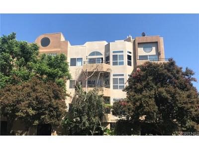 Studio City Condo/Townhouse For Sale: 4230 Colfax Avenue #102