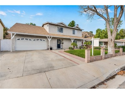 Saugus Single Family Home For Sale: 28119 Oaklar Drive