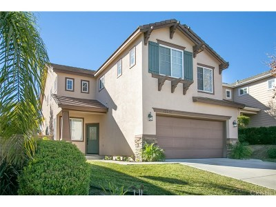 Castaic Single Family Home Active Under Contract: 32219 Big Oak Lane