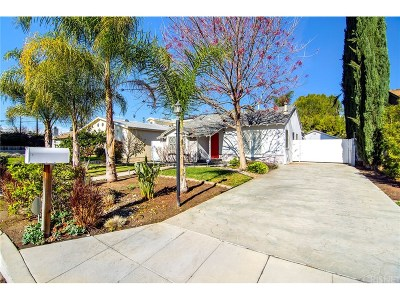 Woodland Hills Single Family Home For Sale: 22733 Berdon Street