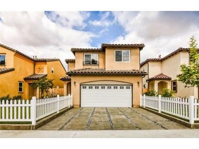 North Hills Condo/Townhouse For Sale: 8621 Noble Avenue #2
