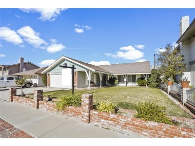Canyon Country Single Family Home For Sale: 19609 Fairweather Street