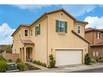 Newhall Single Family Home Active Under Contract: 26371 Piazza Di Sarro