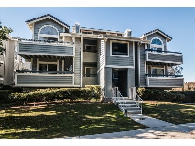 Canyon Country Condo/Townhouse For Sale: 26954 Flo Lane #348