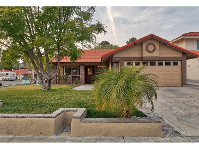Castaic Single Family Home Active Under Contract: 27611 Ashby Court