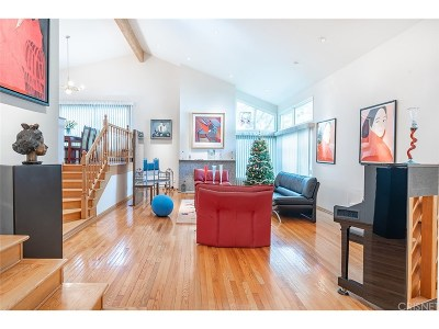 Woodland Hills Single Family Home For Sale: 4623 Winnetka Avenue
