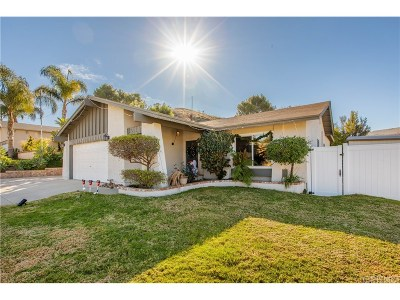 Simi Valley Single Family Home For Sale: 819 Muirfield Avenue