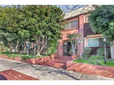 Encino Condo/Townhouse For Sale: 5414 Newcastle Avenue #3