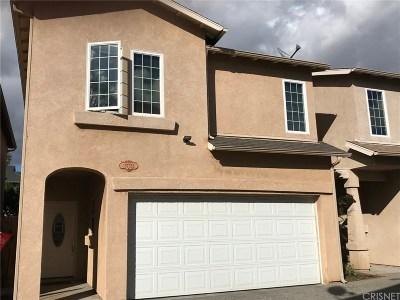 Single Family Home For Sale: 15735 Wyandotte Street #B