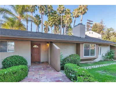 Woodland Hills Single Family Home For Sale: 22411 Friar Street