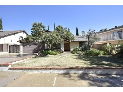 Chatsworth Single Family Home For Sale: 10508 Eton Avenue