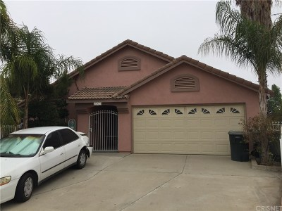 Riverside County Single Family Home For Sale: 243 Aurora Drive