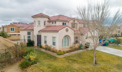 Palmdale Single Family Home For Sale: 36500 Dewdrop Court