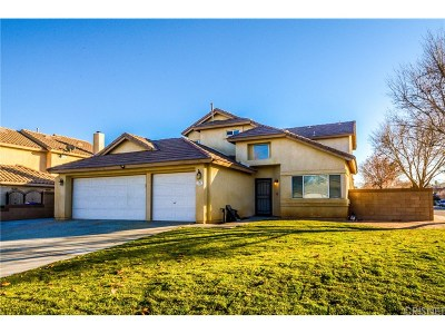 Lancaster Single Family Home For Sale: 4340 Serene Avenue