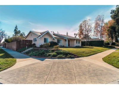 Porter Ranch Single Family Home For Sale: 18300 Blackhawk Street