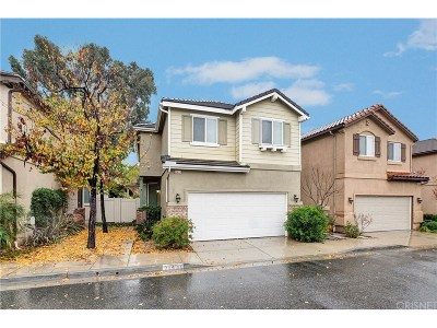 Castaic Condo/Townhouse For Sale: 31439 Arena Drive
