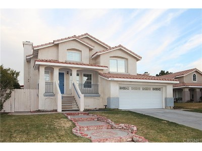 Palmdale Single Family Home For Sale: 36952 Firethorn Street