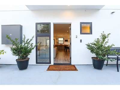 Los Angeles County Condo/Townhouse For Sale: 829 North Martel Avenue #2
