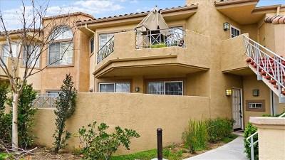 Valencia Condo/Townhouse For Sale: 23605 Del Monte Drive #258