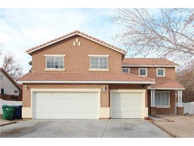 Palmdale Single Family Home For Sale: 4313 Casimo Court