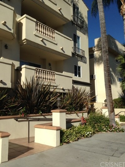 Sherman Oaks Condo/Townhouse For Sale: 14343 Burbank Boulevard #302