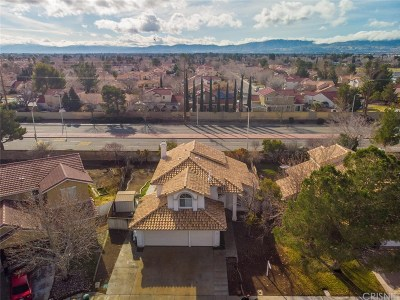 Lancaster Single Family Home For Sale: 2632 West Pondera Street