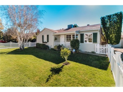 Sherman Oaks Single Family Home Active Under Contract: 13934 Huston Street