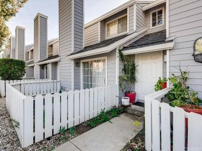 Sylmar Condo/Townhouse Active Under Contract: 14380 Foothill Boulevard #2