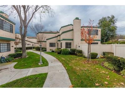 Northridge Condo/Townhouse For Sale: 19512 Roscoe Boulevard #C