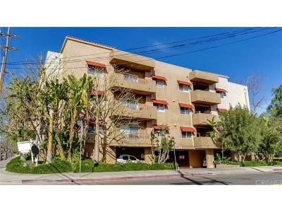 Northridge Condo/Townhouse Active Under Contract: 9610 Zelzah Avenue #312