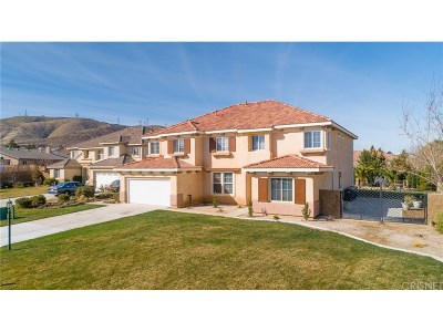 Palmdale Single Family Home Active Under Contract: 40911 Oakview Lane