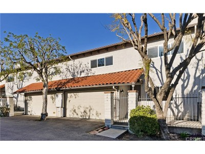 Agoura Hills Condo/Townhouse Active Under Contract: 5275 Colodny Drive #5
