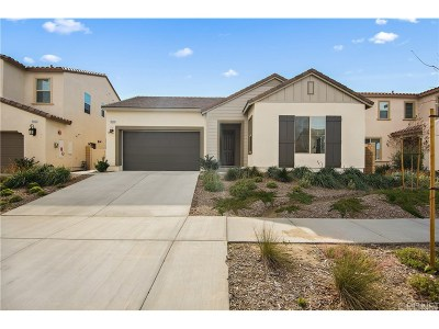 Canyon Country Single Family Home Active Under Contract: 18648 Cedar Crest Drive