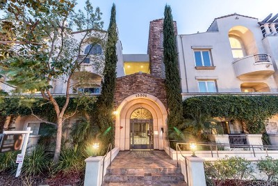 Sherman Oaks Condo/Townhouse For Sale: 15206 Burbank Boulevard #203